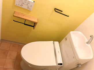 トイレリフォーム お洒落かつ床の冷たさも解消したトイレ&洗面所